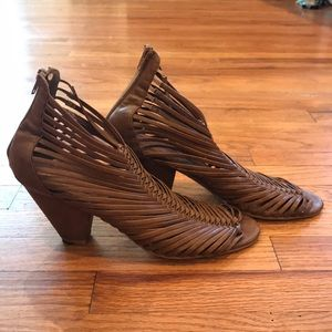 Authentic Jeffrey Campbell Leather Woven Sandals